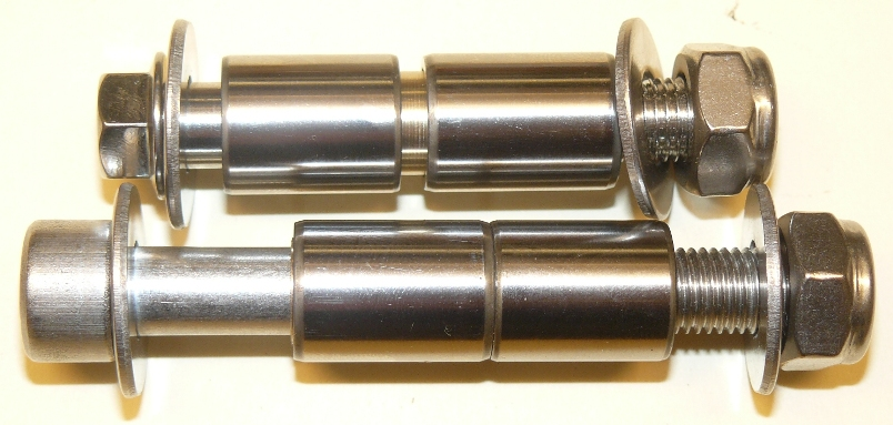 P1040028 Raptor shock link bolts small.jpg
